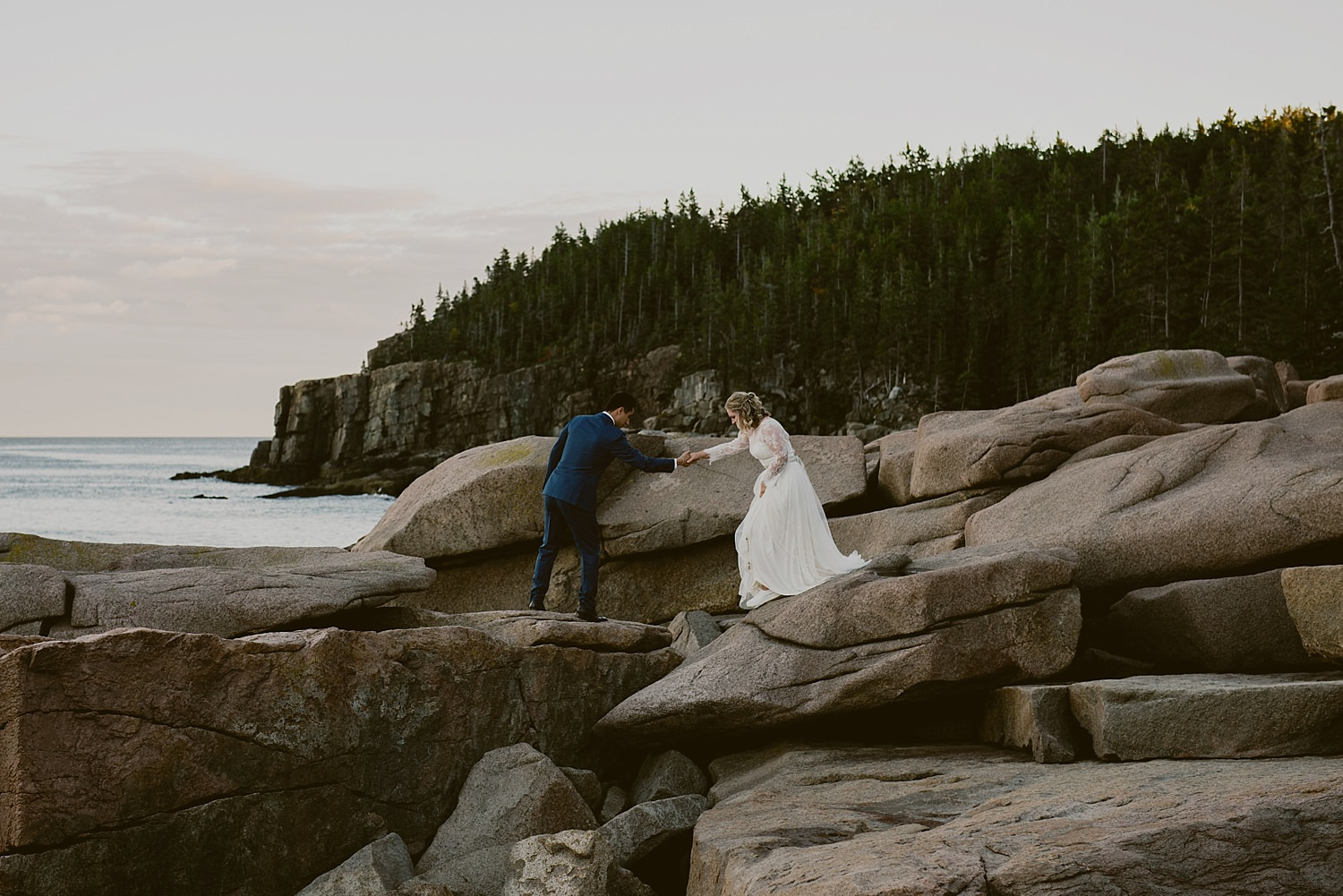 wedding portrait on the rocks